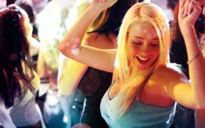 ¿Por Qué Las Chicas Se Muestran Intocables En Las Discotecas?